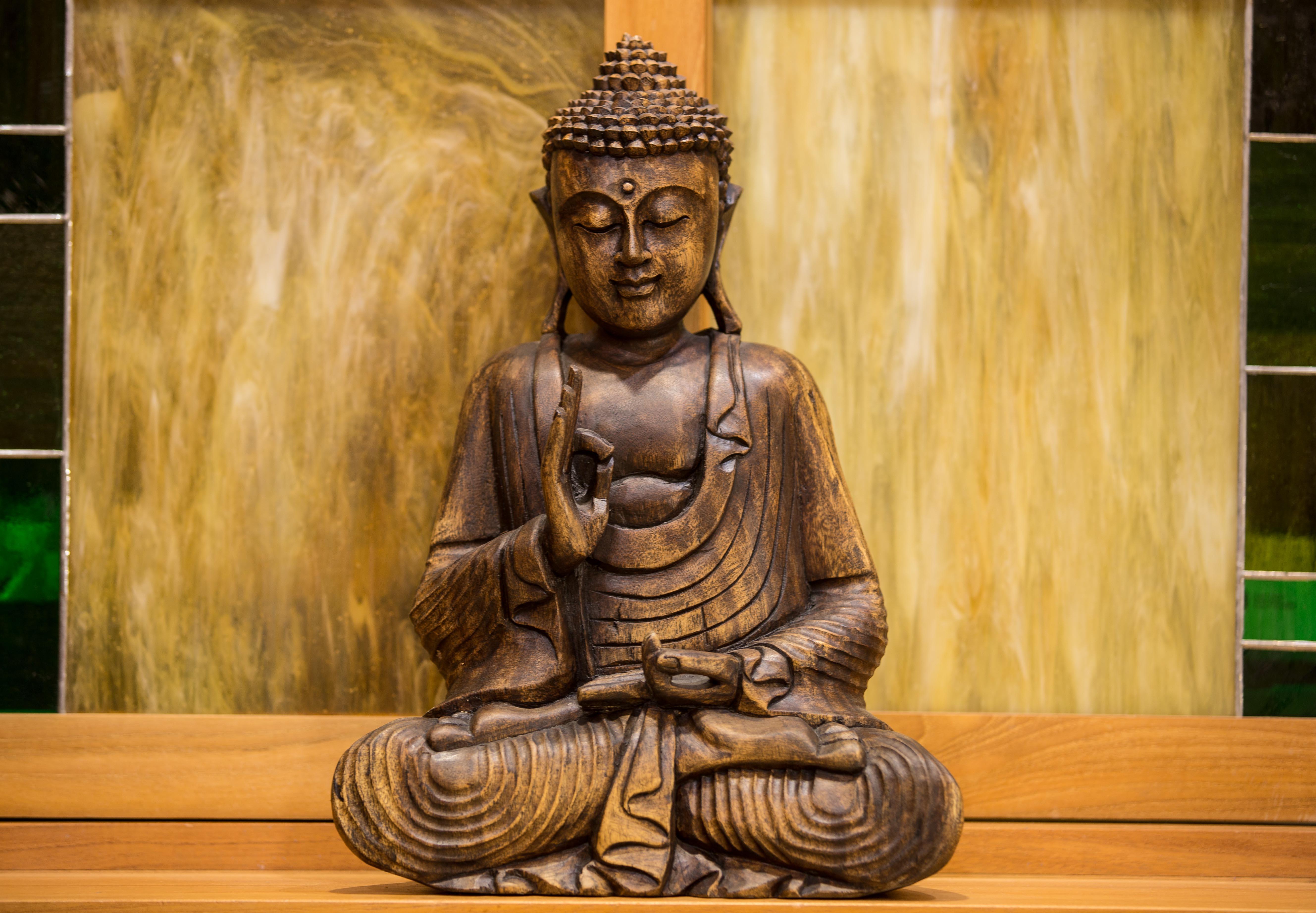 Buda talla madera alba dise o mobiliario - Figuras buda decoracion ...